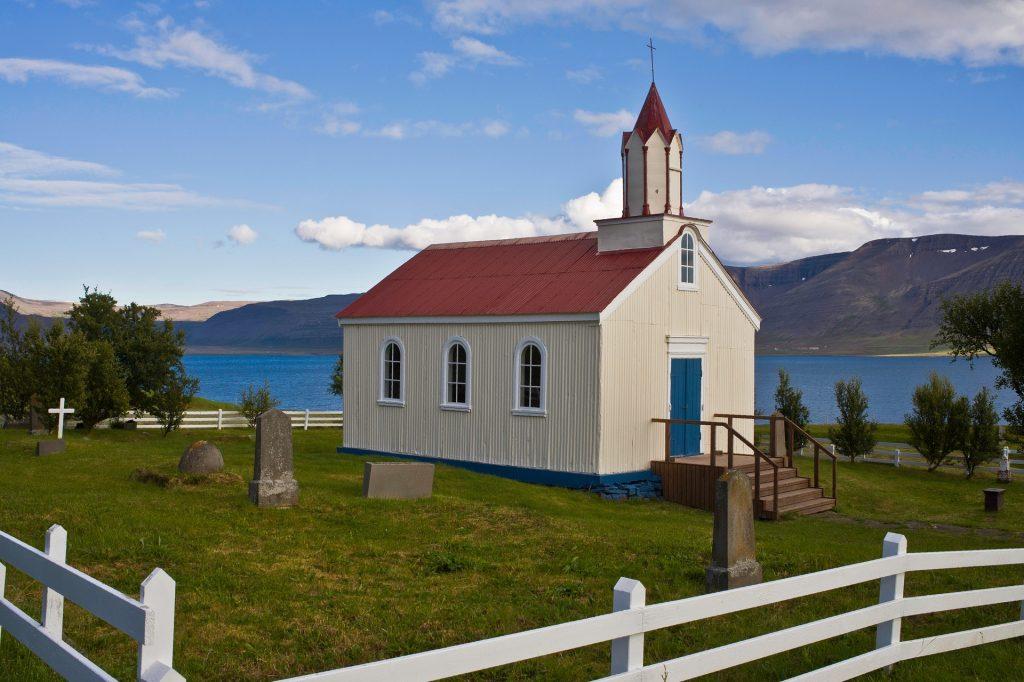 Erste Kirche